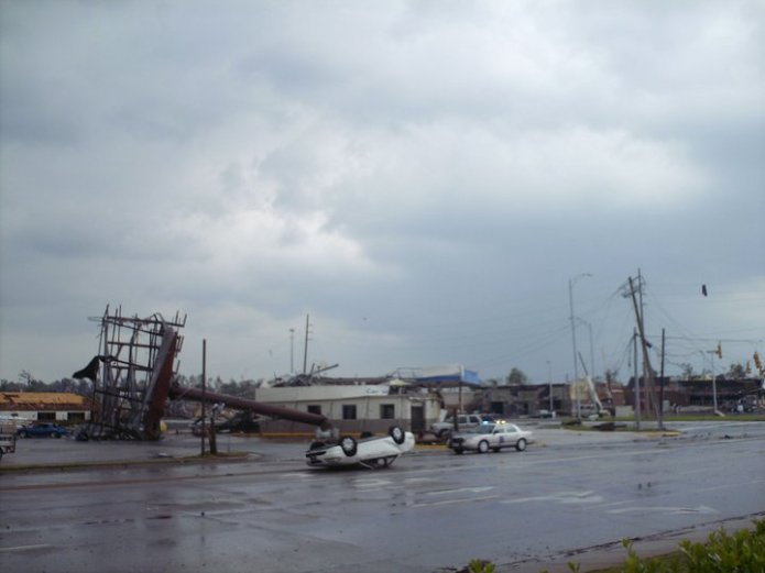 The intersection of 15th Street and McFarland Blvd. immediately after the tornado passed. Photo Credit: Janece Maze